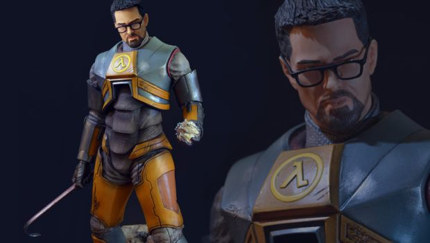This is one incredible Gordon Freeman statue