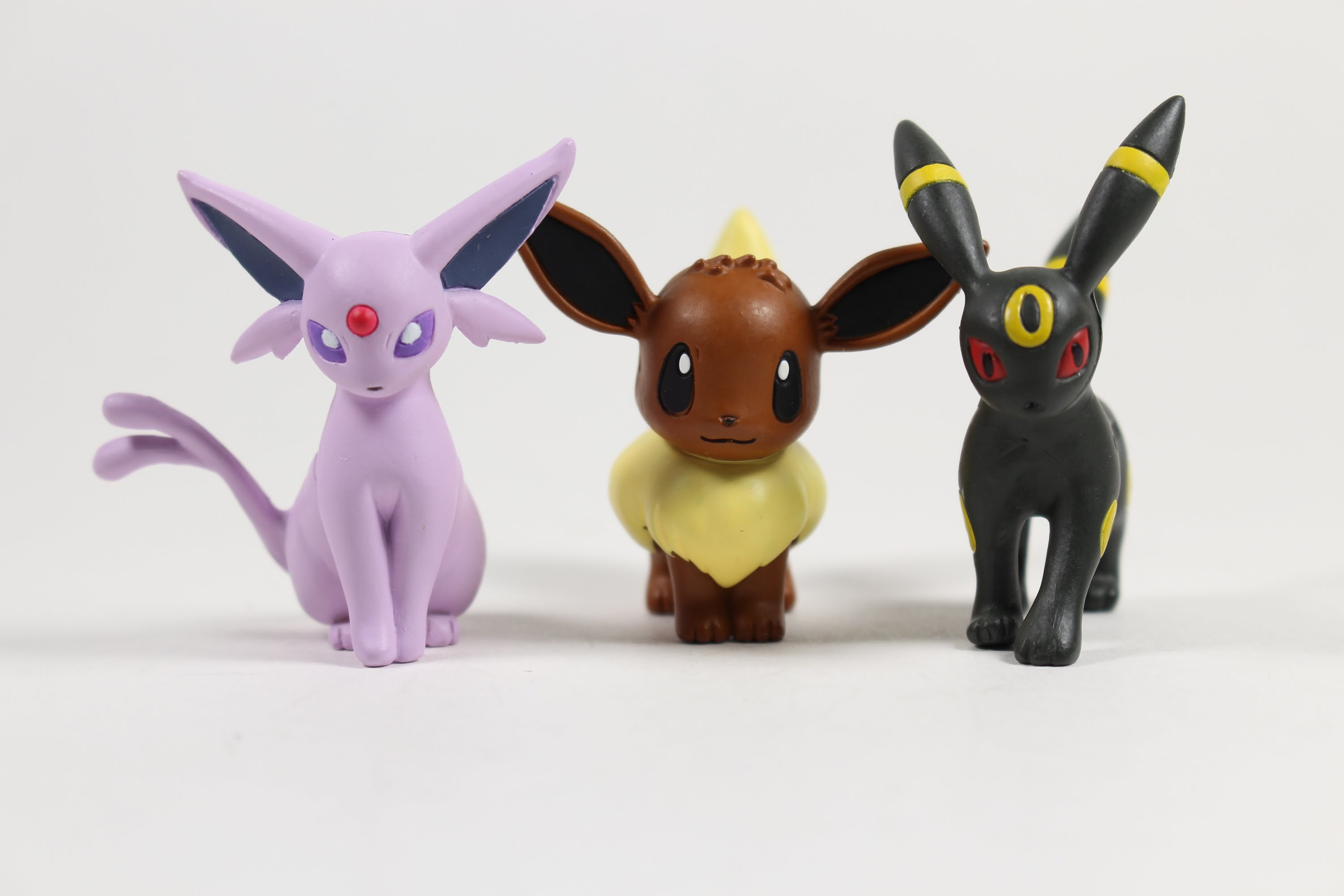 Guide: Pokemon Go has a new Eevee evolution trick for Umbreon and Espeon screenshot