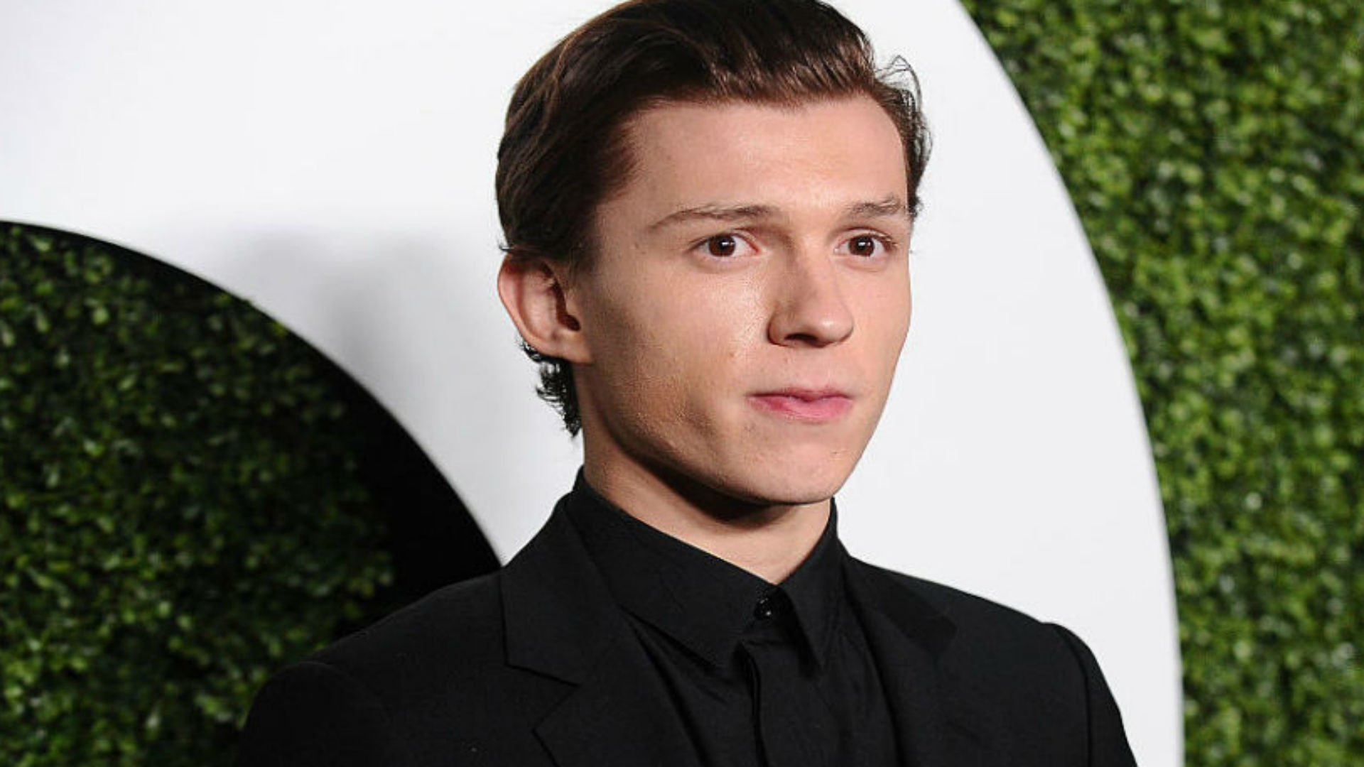 Uncharted Movie Is Now A Prequel And Will Star Tom Holland As A