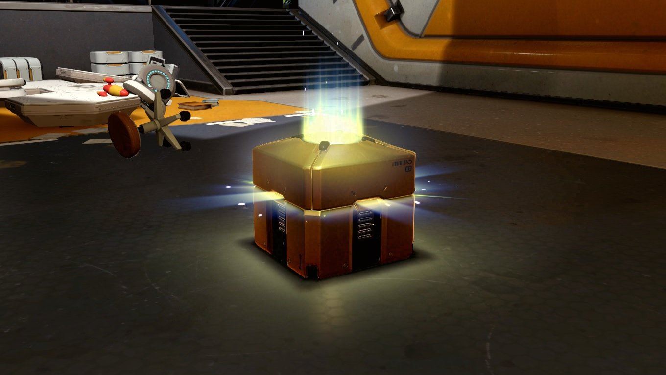 Get a free Golden Overwatch box on Twitch Prime screenshot