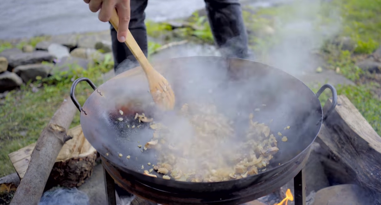 This Legend of Zelda: Breath of the Wild themed cooking episode is making me hungry screenshot