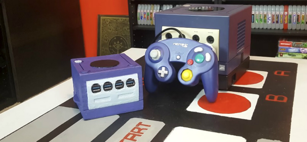 Someone created their own GameCube Mini and it's adorable screenshot