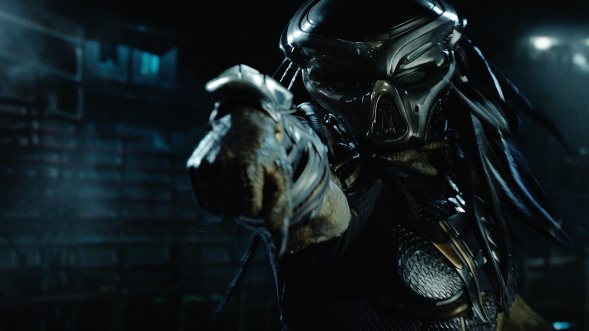 First trailer for The Predator has small child screwing us all over screenshot