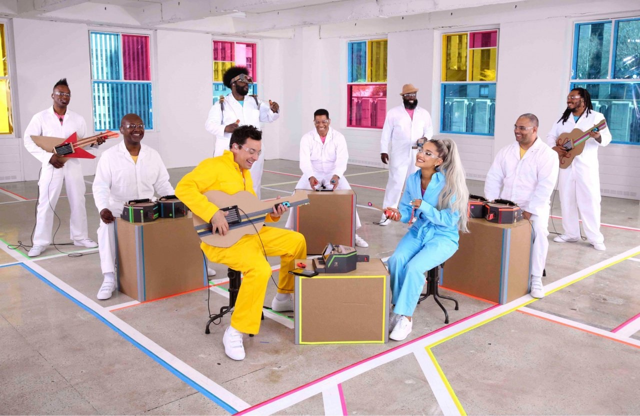 (Update) Ariana Grande will be performing a song with Nintendo Labo tonight screenshot
