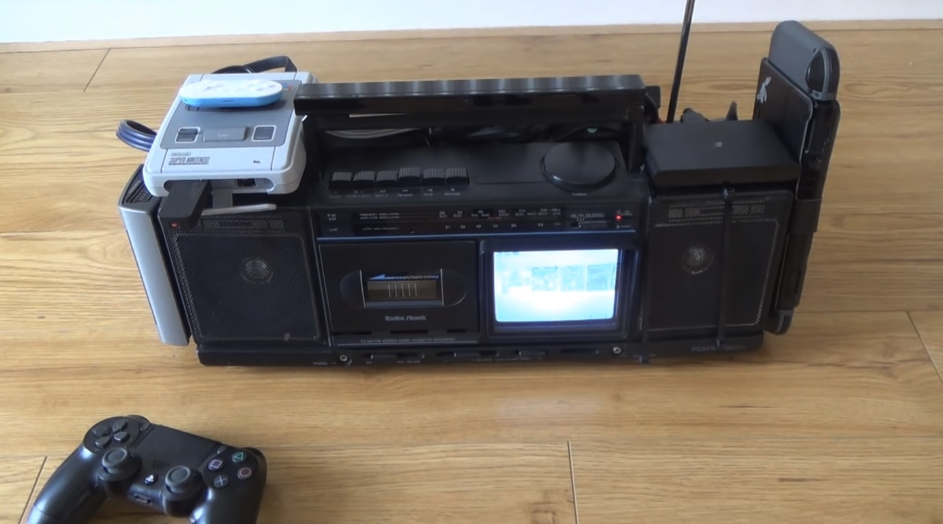 YouTuber creates boombox with working Switch, SNES Classic, PSTV, and Wii Mini screenshot