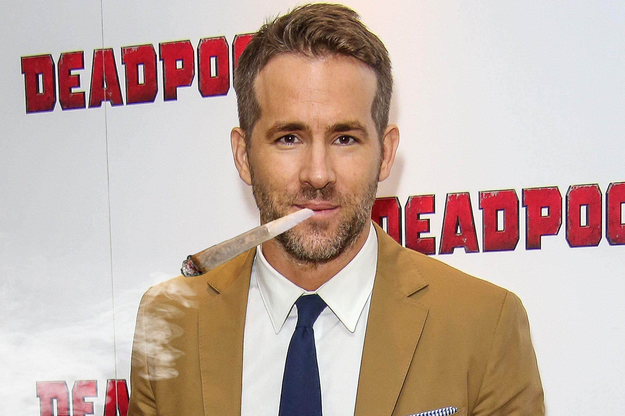 Ryan Reynolds to star in R-rated Home Alone reimagining Stoned Alone screenshot