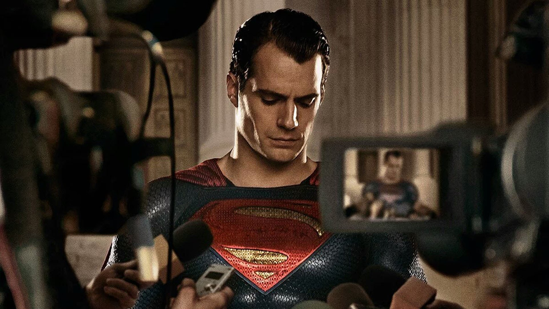 (Update) Henry Cavill quits Superman, leaves DCEU photo