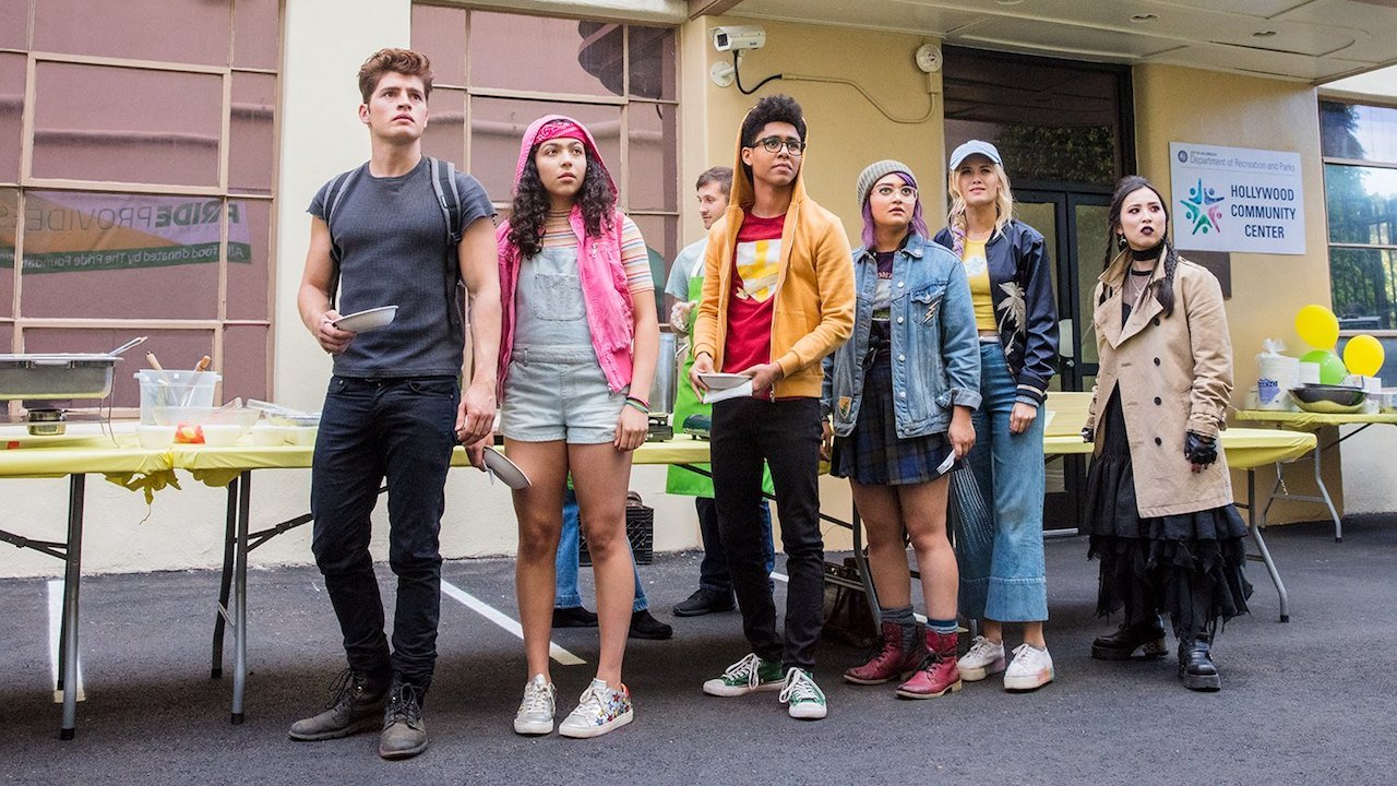 Marvel's angsty teens are back in this Runaways season 2 teaser screenshot