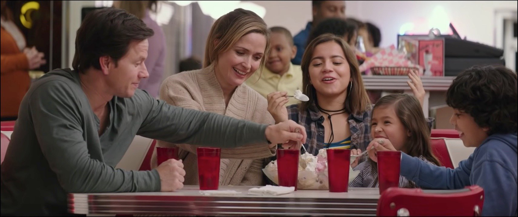 Review: Instant Family screenshot