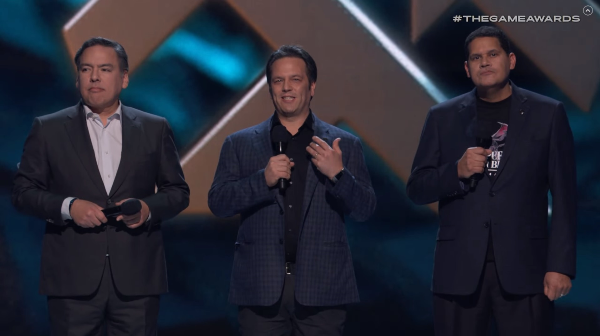 Hey, that's three important guys on stage! screenshot