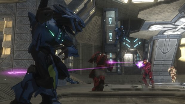 Gameplay footage of the three new Halo 3 multiplayer maps