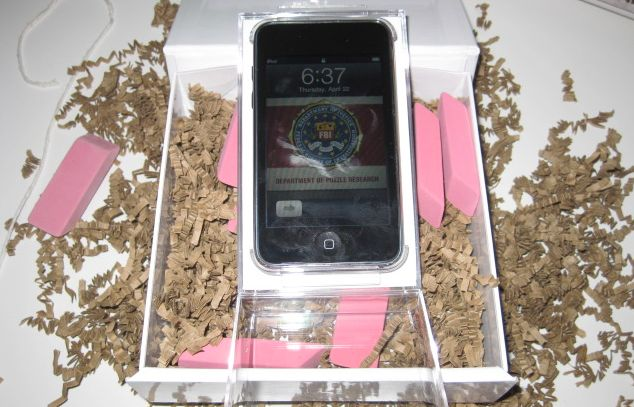 Creepy iPod brings erasers, gnomes, from Telltale Games screenshot