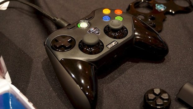 All Pro Trailers >> CES: Mad Catz Major League Gaming controller impresses