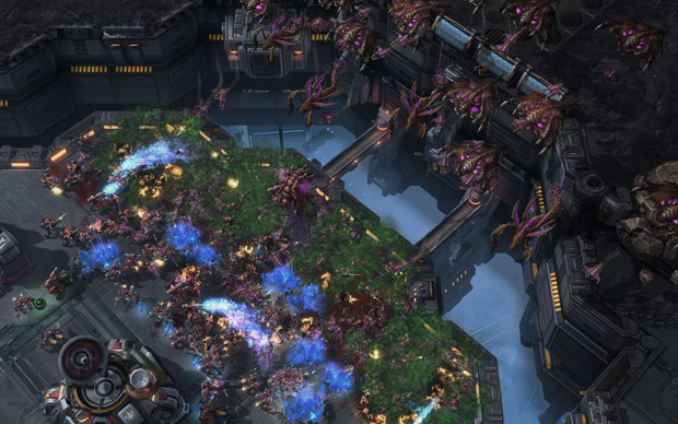 StarCraft II: Heart of the Swarm will shake things up screenshot