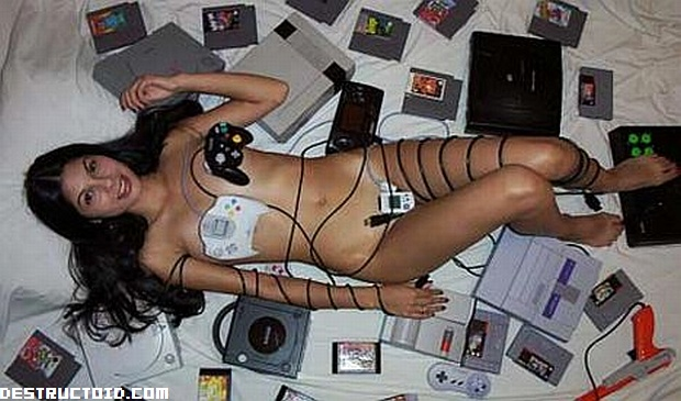 NERDCORE - A gallery of almost naked gamer girls photo