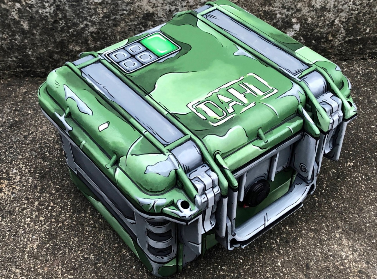 This real-life Borderlands 3 style crate is something else