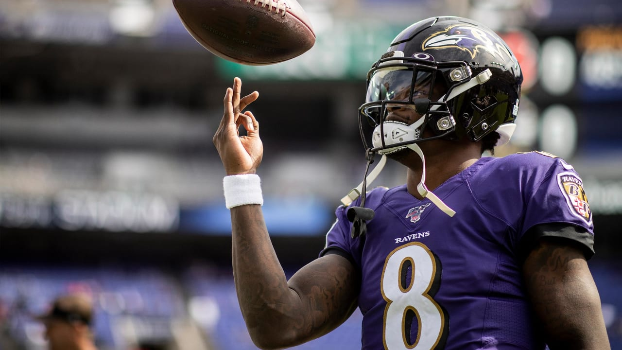Baltimore Ravens QB Lamar Jackson awkwardly reveals that he's the Madden 21 cover star screenshot