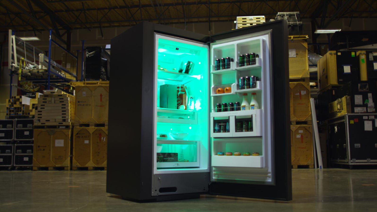 Your meme is a dream: Xbox made the Xbox Series X fridge screenshot