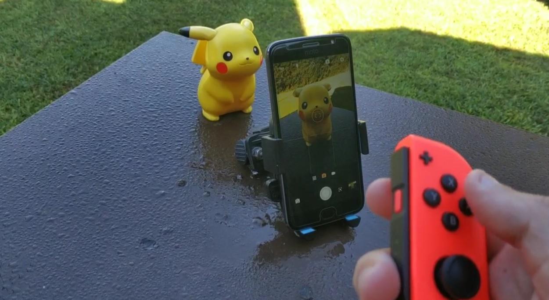 Pokemon...snap? Pairing a Switch Joy-Con to take photos on your phone looks like fun screenshot