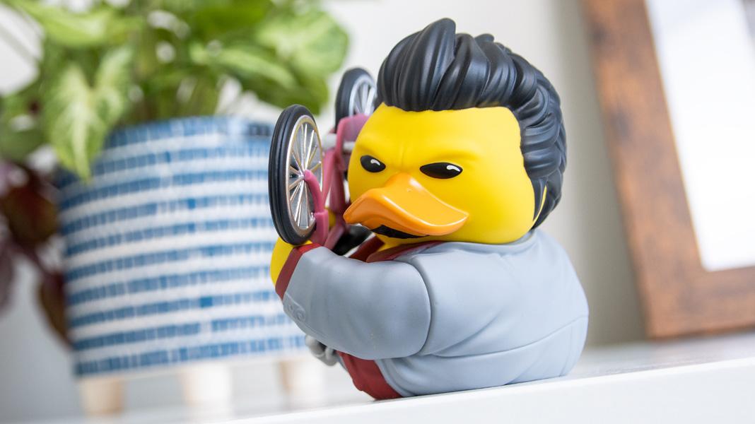 Oh my god, Kiryu is a rubber duck screenshot