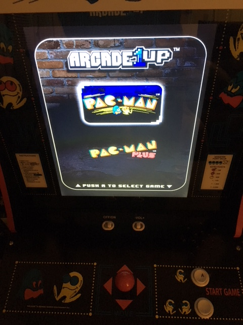 Game Select : Pac-Man Arcade 1UP